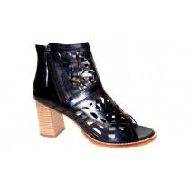 Letní vycházková obuv-kotníková, Piazza, černá